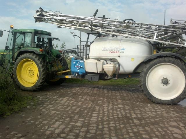 Concours du tracteur le plus cradingue - Page 4 05072011