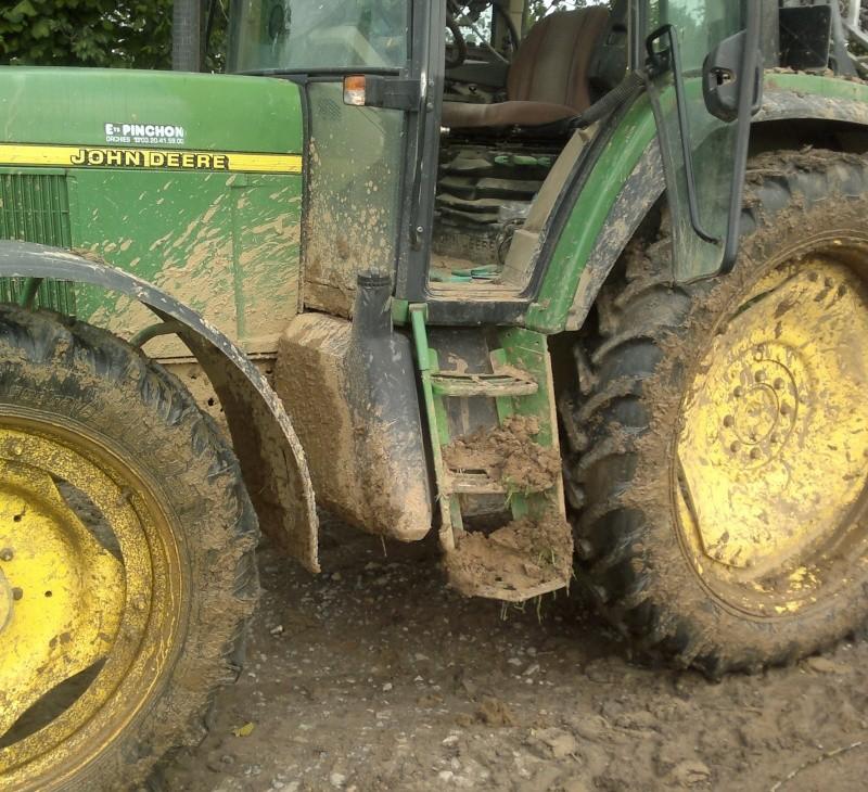Concours du tracteur le plus cradingue - Page 4 07062011