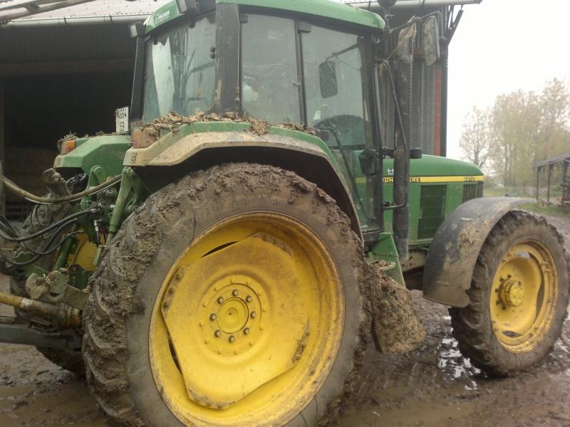 Concours du tracteur le plus cradingue - Page 2 28042011