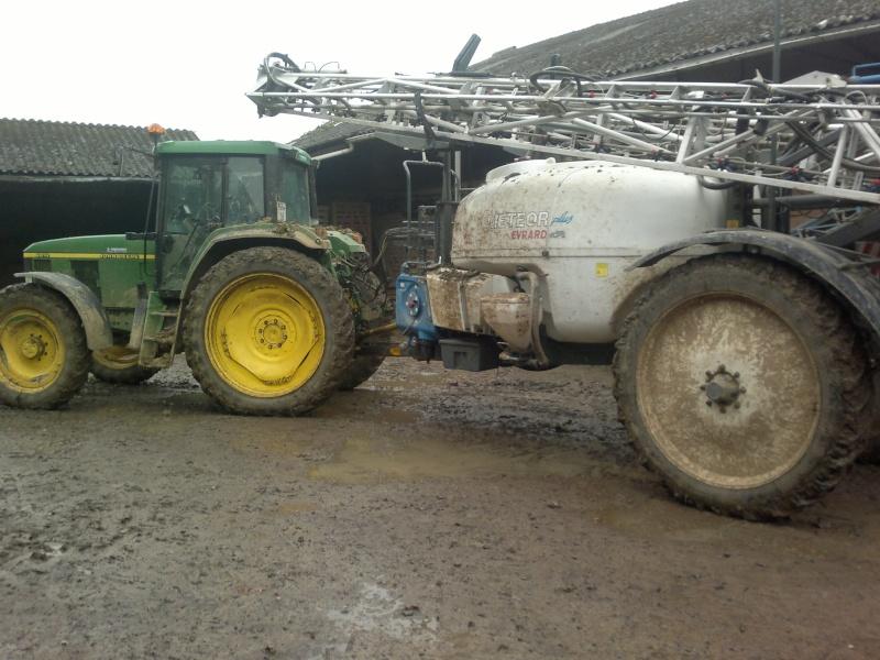 Concours du tracteur le plus cradingue - Page 2 28042012