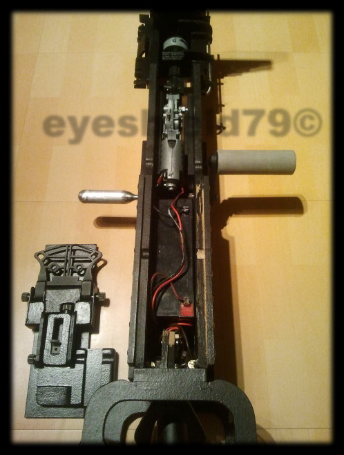 airsoft M2HB 12.7 browning 50. avec canon mobile  2012-125
