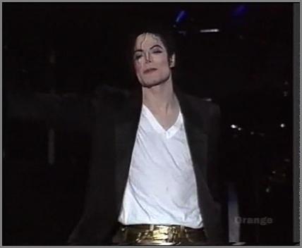[DL] Michael Jackson HIStory Tour Auckland NewZealand 1996 AVI  Orange Auckla12