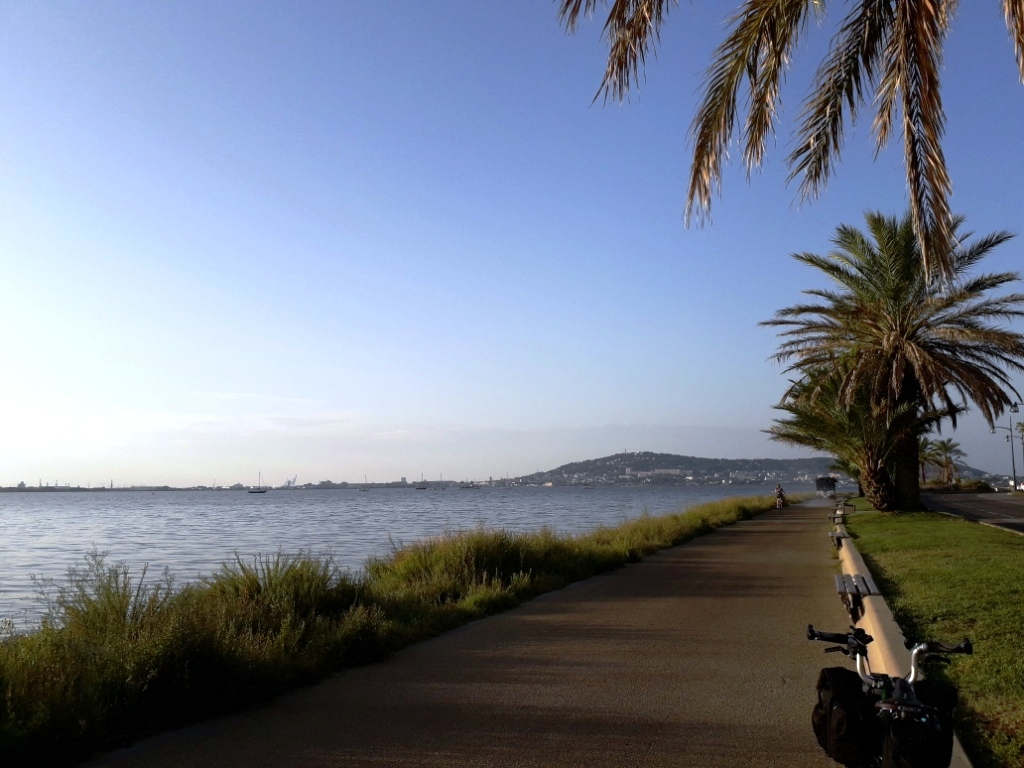 De la Riviera à la Gironde [5 au 30 septembre] saison 13 •B - Page 3 20180119