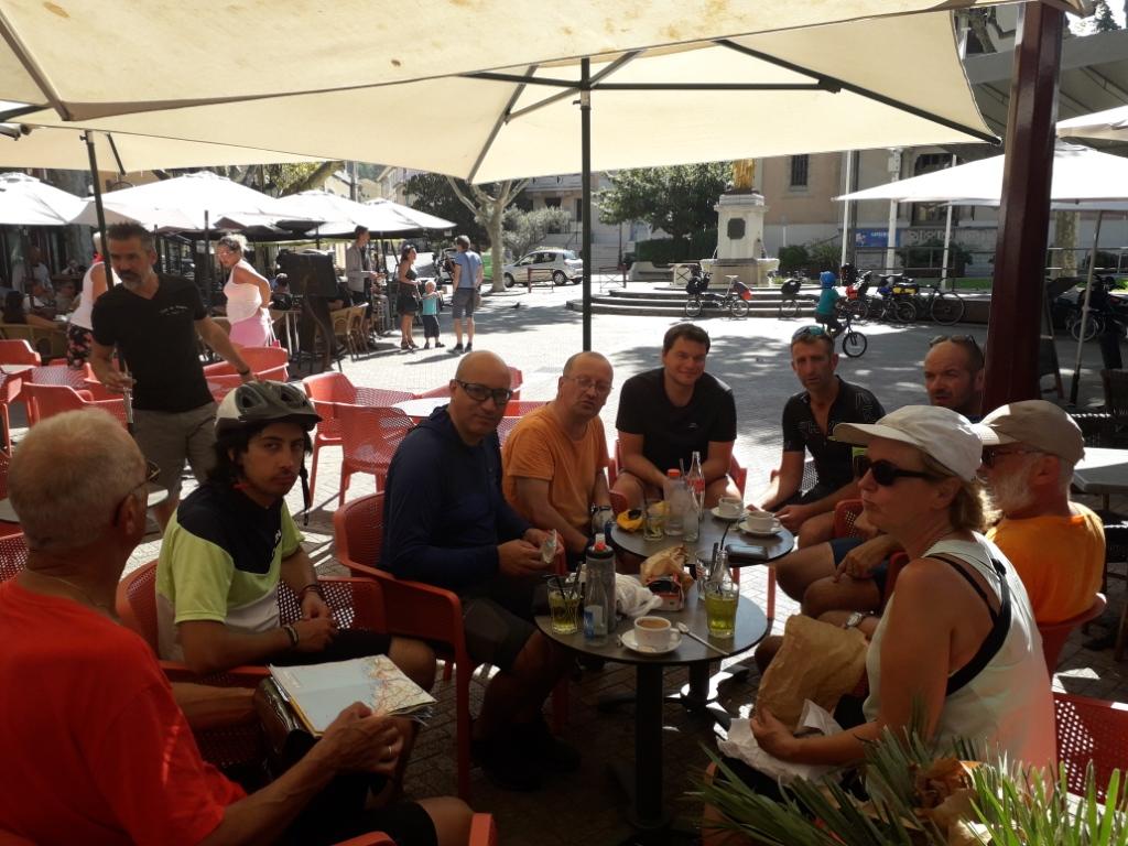 De la Riviera à la Gironde [5 au 30 septembre] saison 13 •B - Page 3 20180944