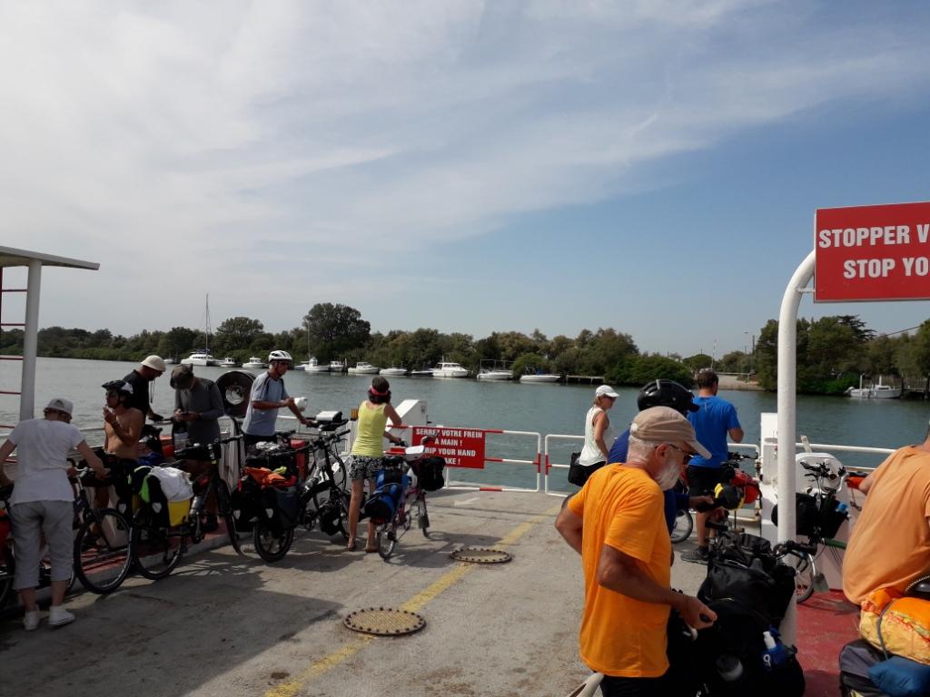 De la Riviera à la Gironde [5 au 30 septembre] saison 13 •B - Page 3 20180978