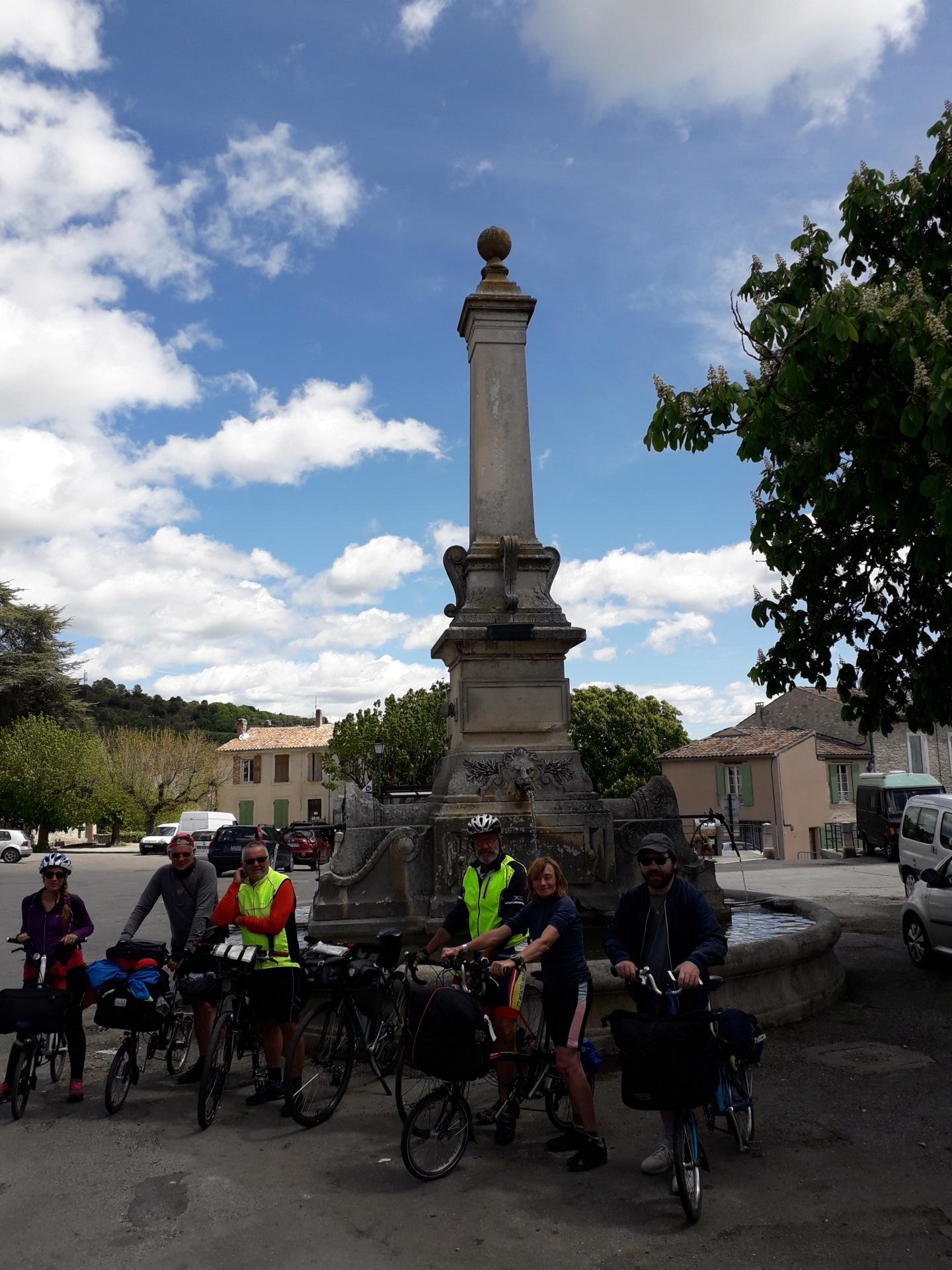 Tour du Luberon + Escapade dans le Verdon [24 avril au 2 mai 2019] saison 14 •Bƒ 20190427