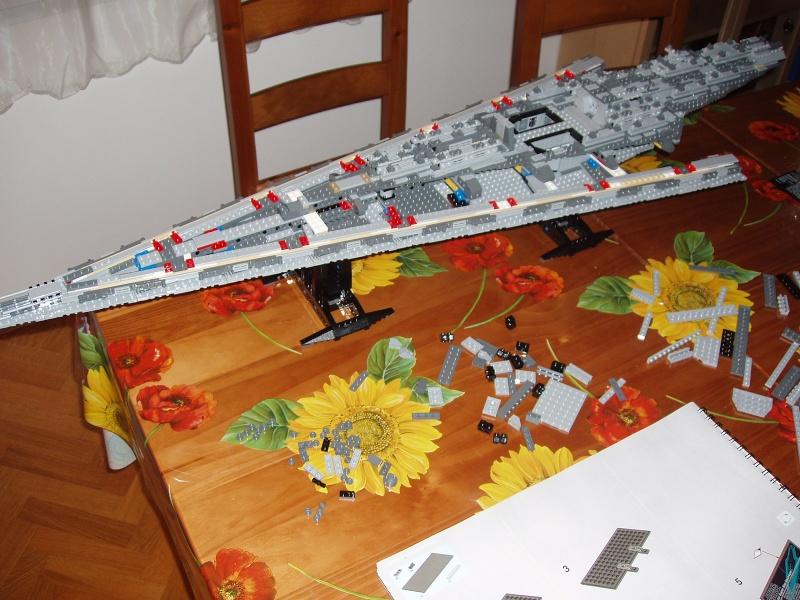 Lego Star Wars - 10221 - Super Star Destroyer UCS - Page 4 Pa140014