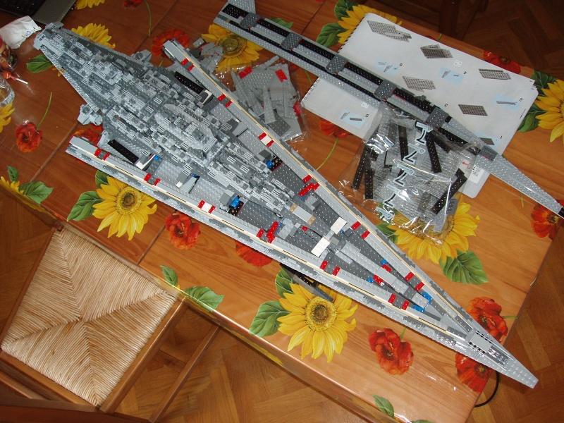 Lego Star Wars - 10221 - Super Star Destroyer UCS - Page 4 Pa140018