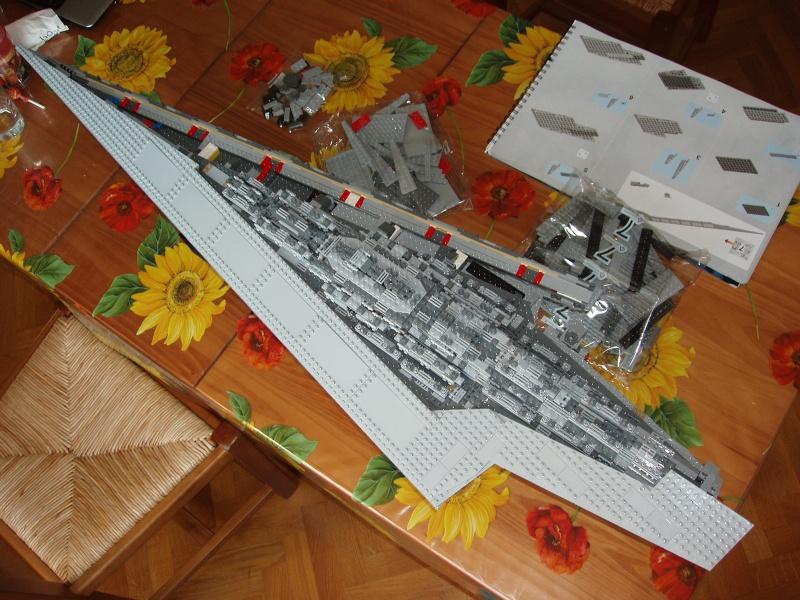 Lego Star Wars - 10221 - Super Star Destroyer UCS - Page 4 Pa140020