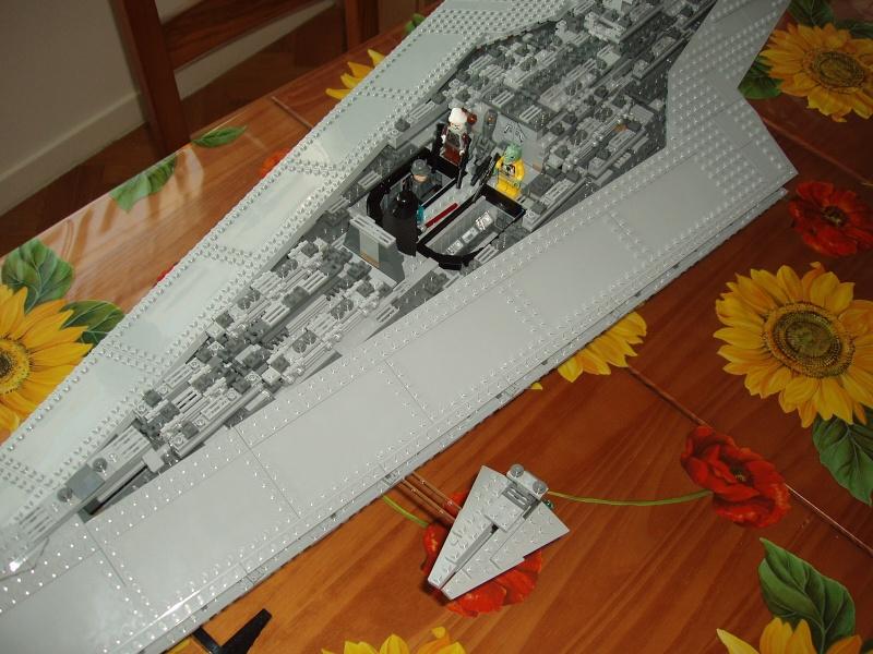 Lego Star Wars - 10221 - Super Star Destroyer UCS - Page 4 Pa140022