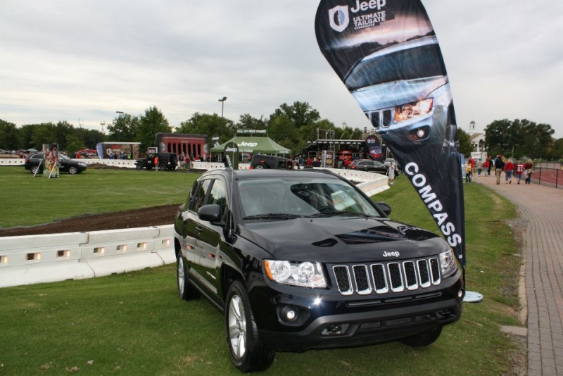 "2011 ESPN Jeep Ultimate Tailgate Experience ""US"" 30707110"