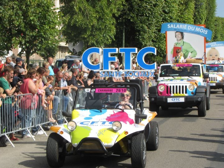 Jeep au Tour de France 2012 !! Carava10