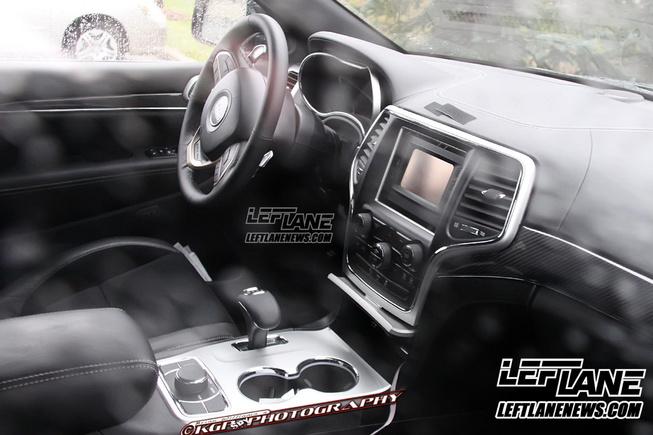 Autonet.ca espionne le Jeep Grand Cherokee 2014 Jeep-g14