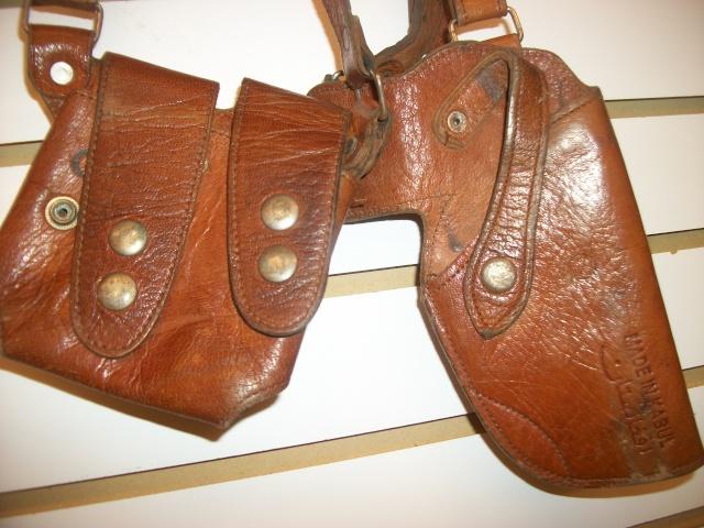 Afghan 9mm leather shoulder holster - Kabul manufacturer - Bring Back 100_8219