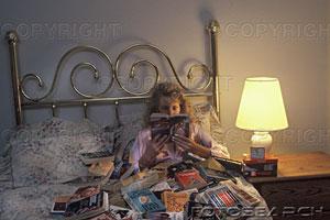 """Avatars """"Un livre à la main"""" Annees10"""