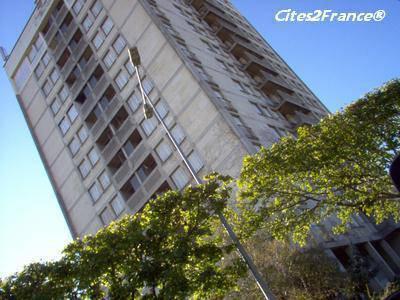 Quel bâtiment est le plus laid, selon vous? - Page 13 31985310