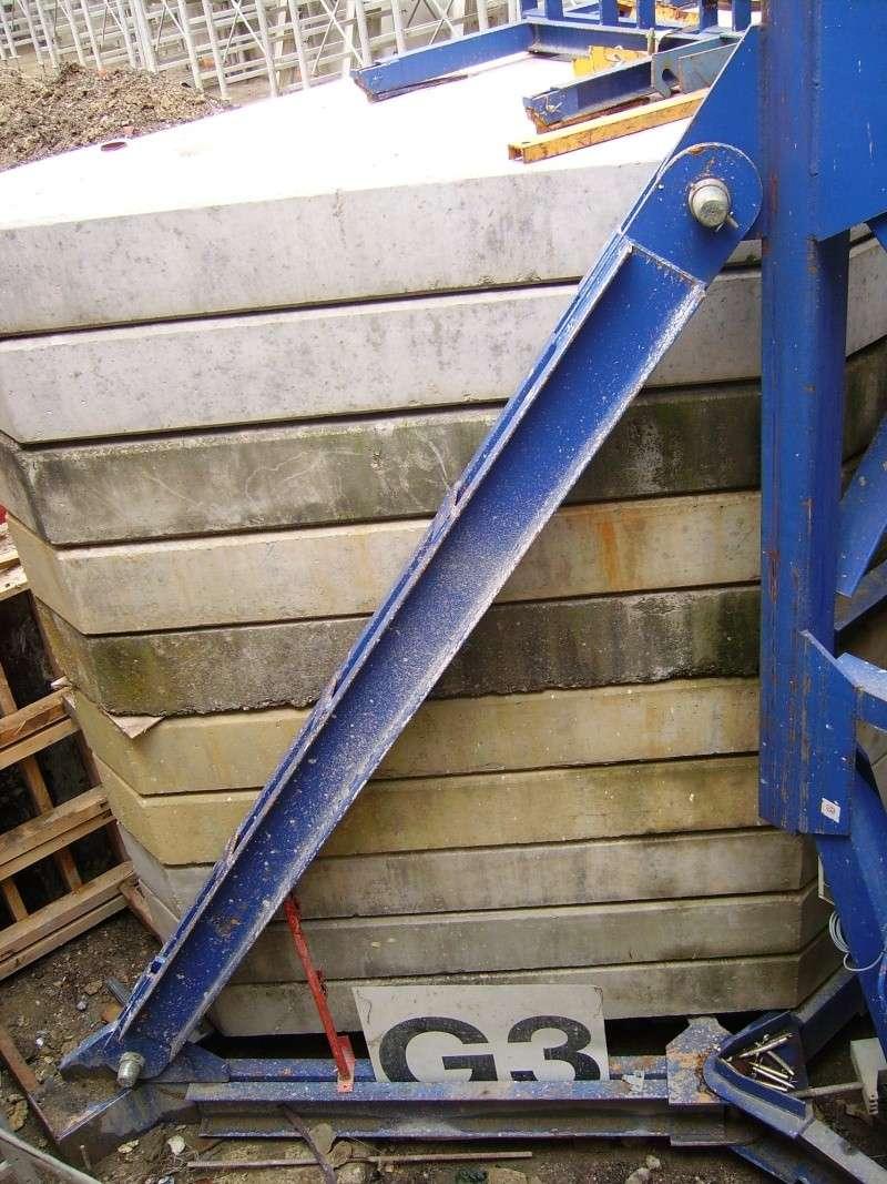 Potain MD 365 B L16 : Châssis et cage de télescopage. Imgp1215