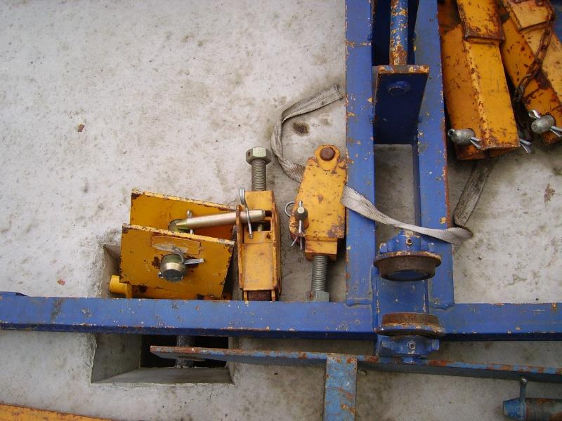 Potain MD 365 B L16 : Châssis et cage de télescopage. Imgp1224