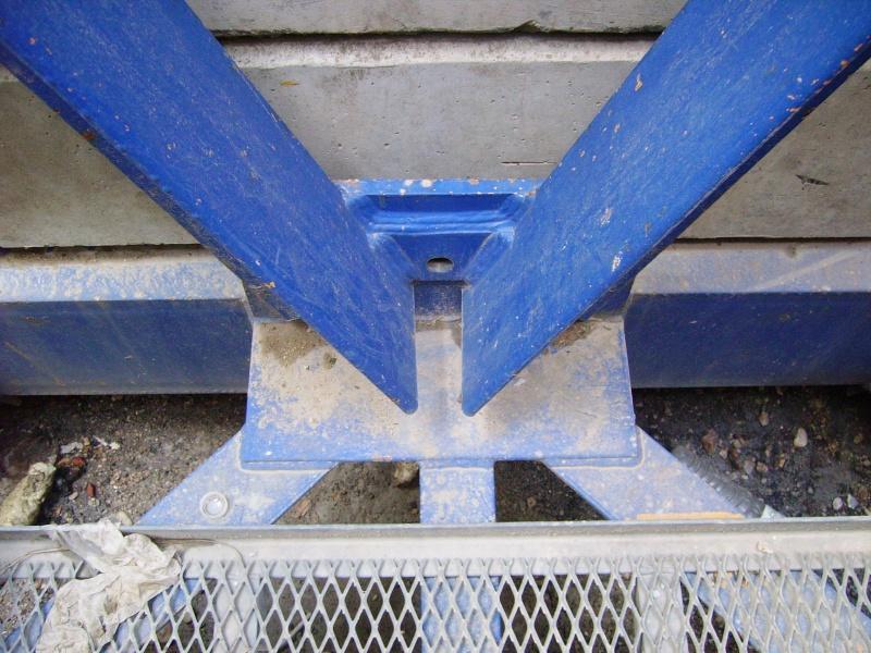 Potain MD 365 B L16 : Châssis et cage de télescopage. Imgp1234