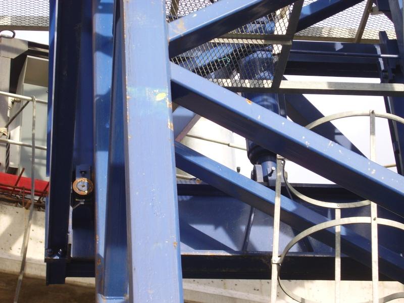 Potain MD 365 B L16 : Châssis et cage de télescopage. Imgp1256