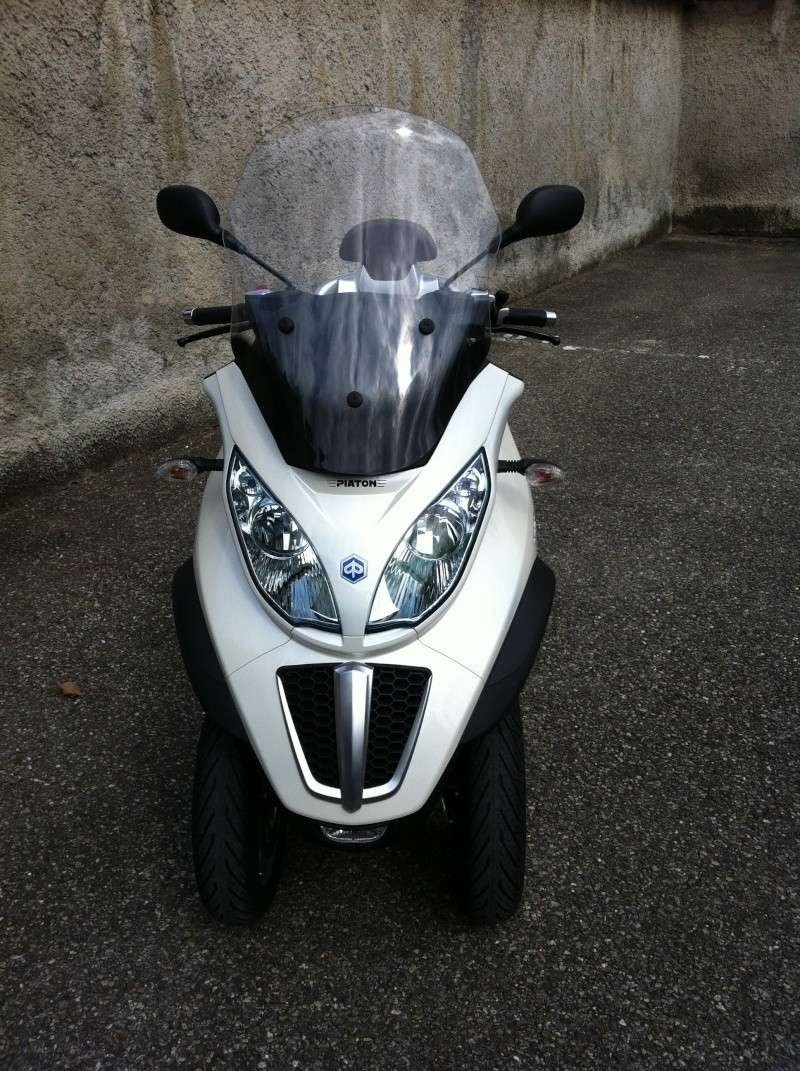 Commande de mon Piaggio Mp3 500 Business  blanc perle Img_0110