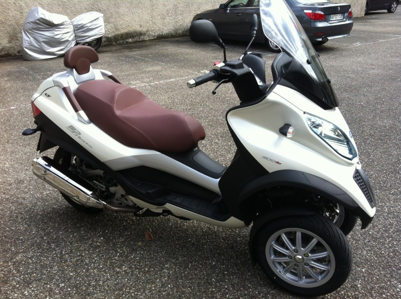 Commande de mon Piaggio Mp3 500 Business  blanc perle Img_0112