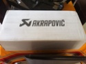 Silencieux AKRAPOVIC pour nos scooters trois roues Img_0113