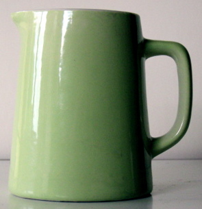 Comments Please - Yes it's a Crown Lynn 715 jug. Green_10