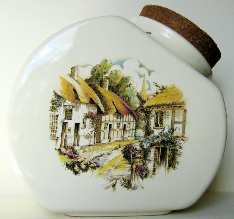 1365 Titian Biscuit Barrel Img_0817
