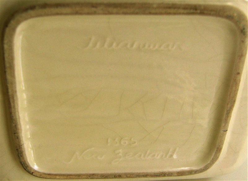 1365 Titian Biscuit Barrel Img_0818