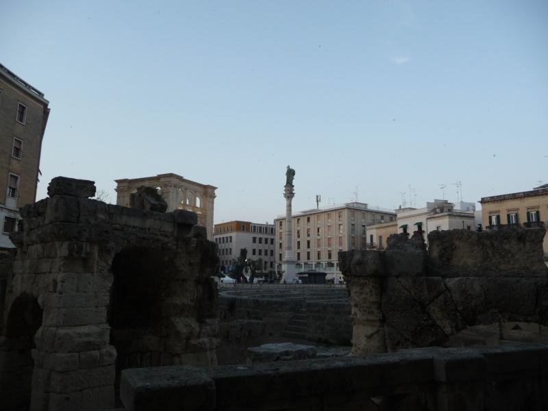 L'enceinte gallo-romaine du MANS - Page 2 P1040410