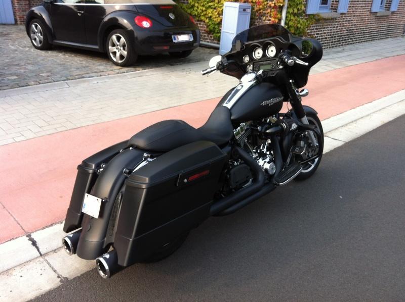 combien de STREET GLIDE  sur le forum Passion-Harley - Page 3 Img_0811