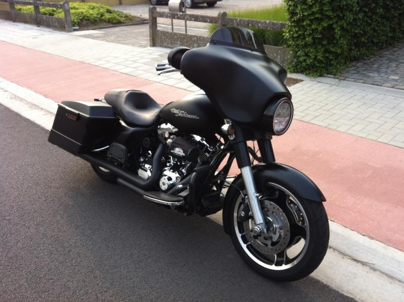 combien de STREET GLIDE  sur le forum Passion-Harley - Page 3 Img_0812