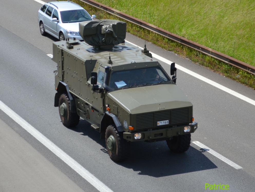 Véhicule de l'armée belge Kmw_co10