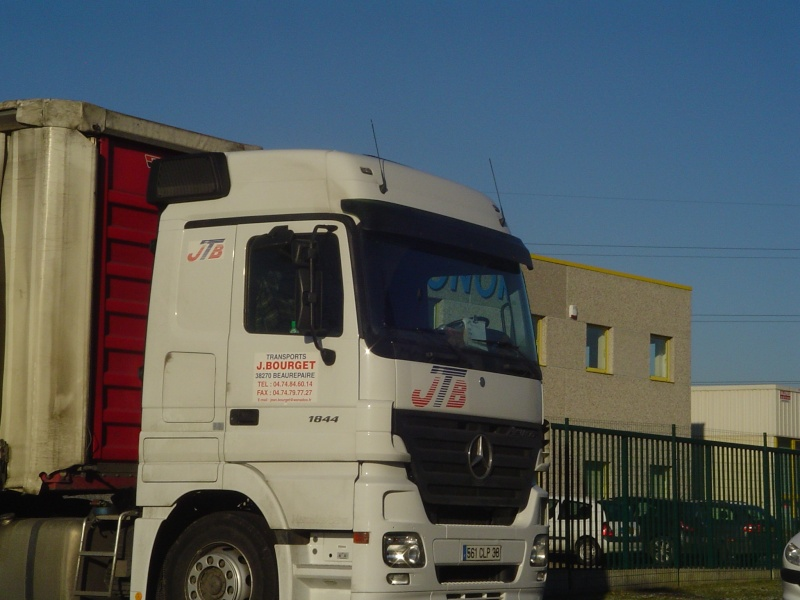 JTB (Transports Jean Bourget)(Beaurepaire, 38) Me114110