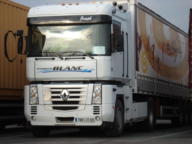 Transport Blanc (Civrieux d'Azergues) (69) R309b110