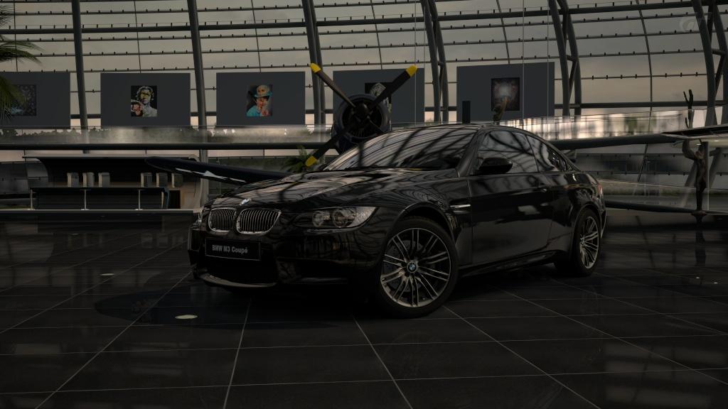 Forza Motorsport 4 - Page 3 Hangar11