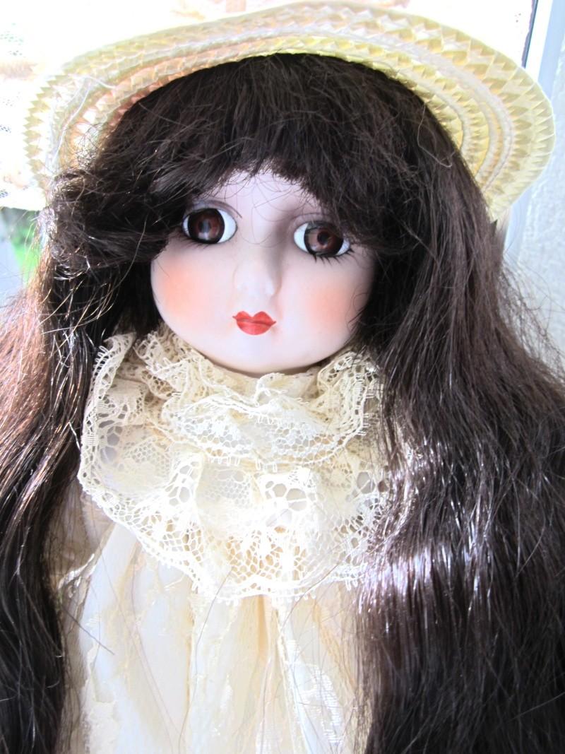 Mes petites poupées de porcelaine  Img_2118