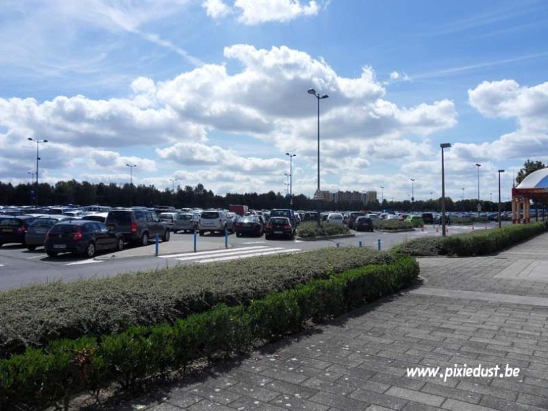 Toll Plaza (péage du Parking des Parcs) et tapis roulants - Page 6 Dlp_1514