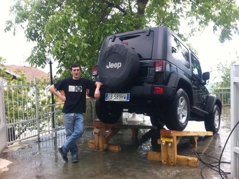 Come lavorate sotto la Jeep? - Pagina 2 Img_0110