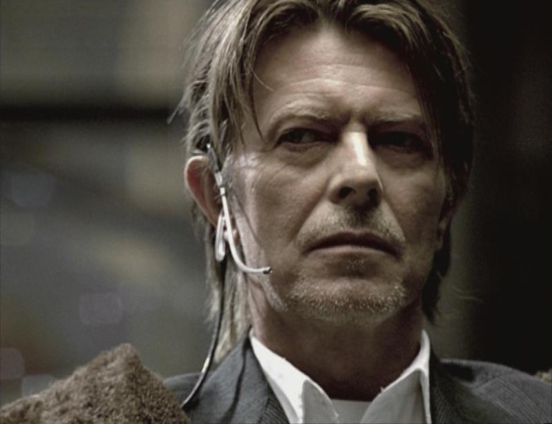 David Bowie pictures. - Page 6 Sans_t11