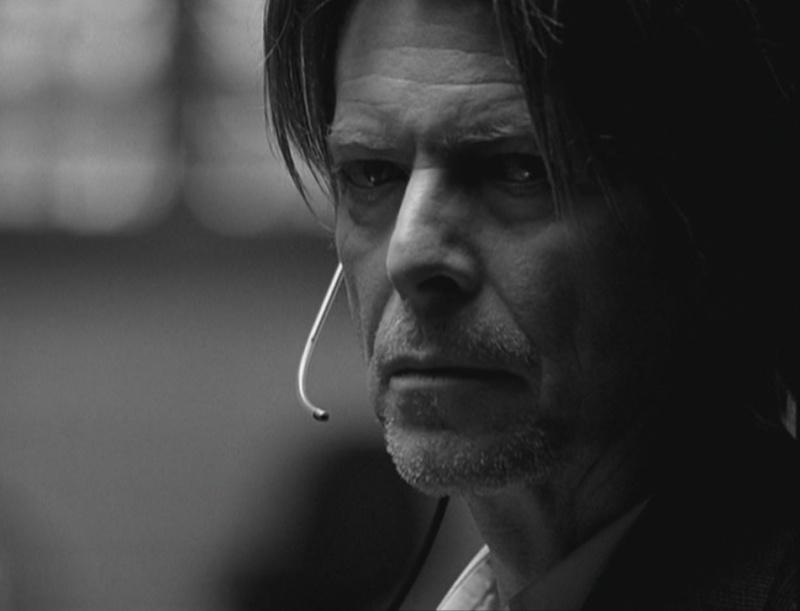 David Bowie pictures. - Page 6 Sans_t12