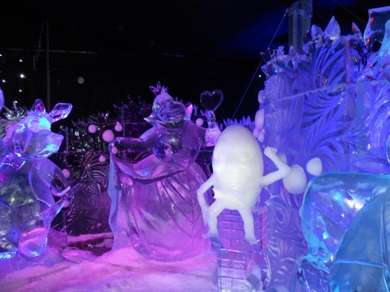 Le festival de sculptures de glaces (thème Disneyland Paris) - Page 2 Bruges19