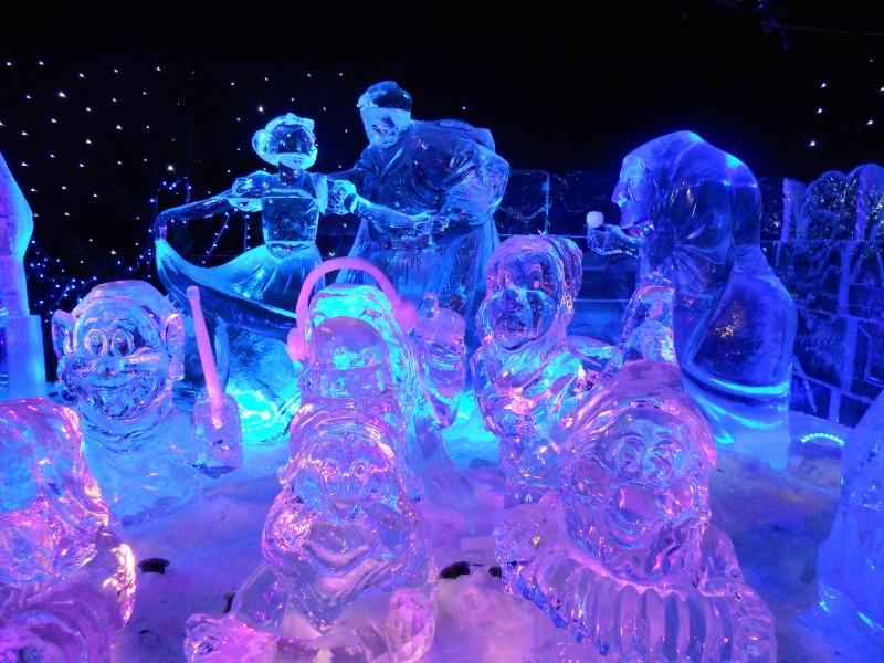 Le festival de sculptures de glaces (thème Disneyland Paris) - Page 2 Bruges25
