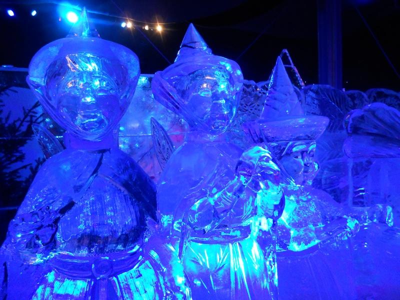 Le festival de sculptures de glaces (thème Disneyland Paris) - Page 2 Bruges32