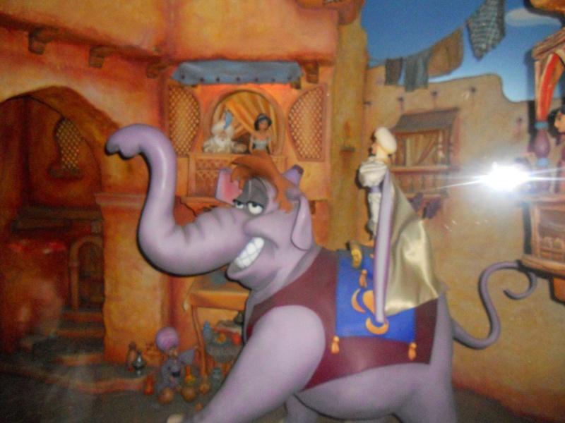 Le passage enchanté d'Aladdin - Page 2 Disne295