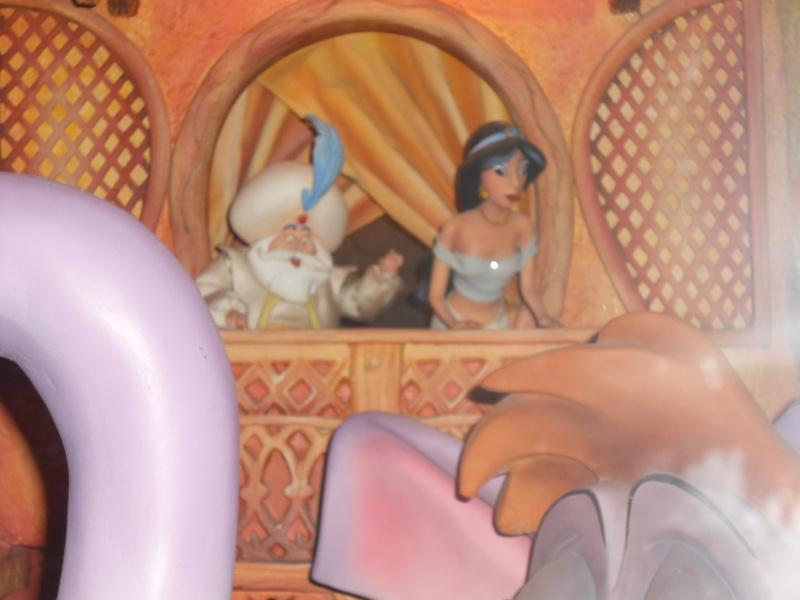 Le passage enchanté d'Aladdin - Page 2 Disne296