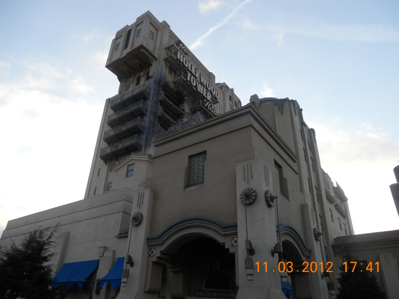 The Twilight Zone Tower of terror - La Tour de la Terreur - Page 38 Disney62