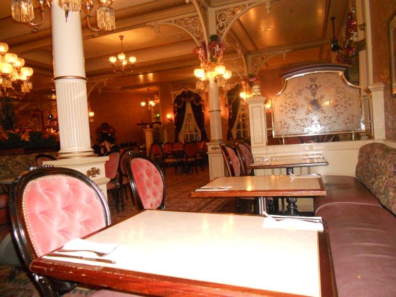 Plaza Gardens Restaurant (carte mise à jour p.35) - Page 6 Dscn0611