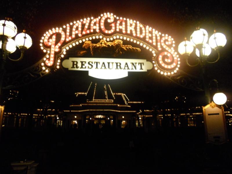 Plaza Gardens Restaurant (carte mise à jour p.35) - Page 6 Dscn0615